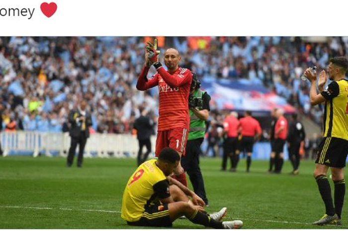 Para pemain Watford, usai laga final Piala FA kontra Manchester City