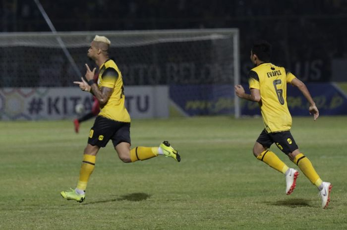 Image result for Pertandingan Barito Putera vs Kalteng Putra
