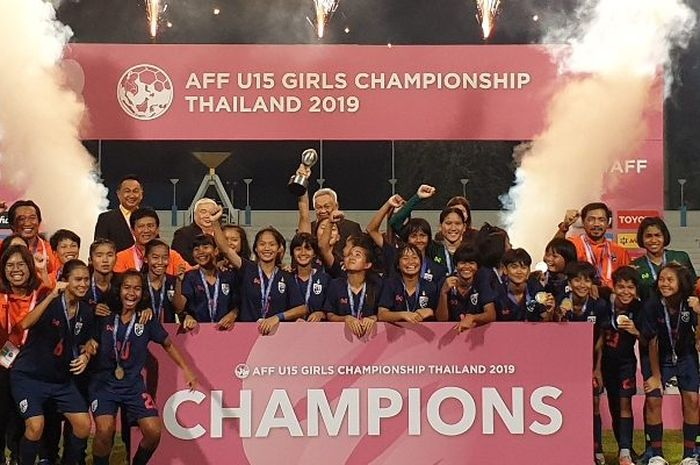 Timnas wanita Thailand U-15 berhasil menjuarai AFF U-15 women's championship 2019 di Thailand.