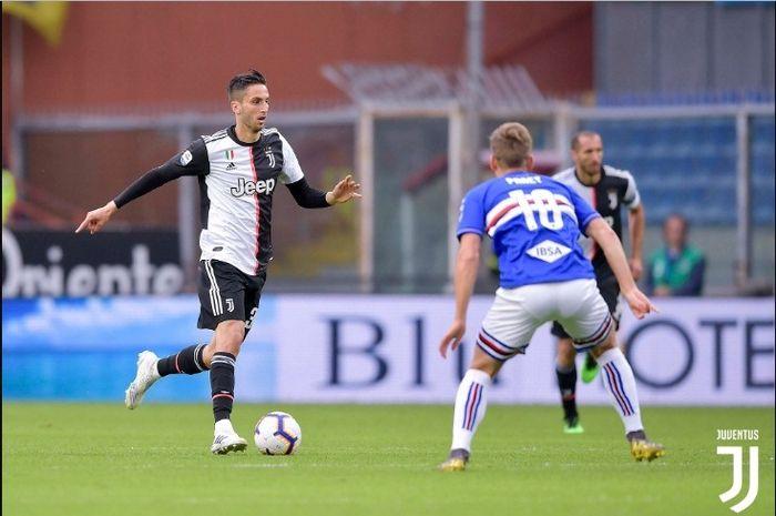 Aksi gelandang asal Uruguay, Rodrigo Bentancur, saat membela Juventus.