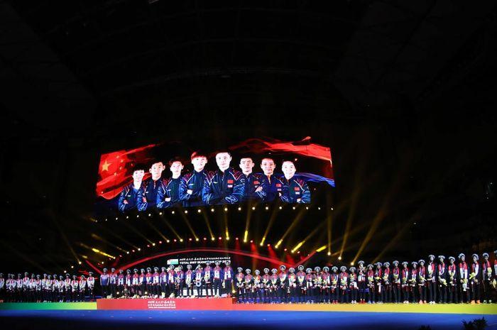 Pemenang, runner-up, dan semifinalis Piala Sudirman 2019 berpose di podium Guangxi Sports Center, Nanning, China, Minggu (26/5/2019).