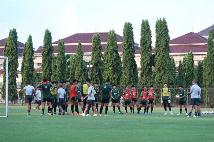 Para pemain Timnas U-23 Indonesia menjalani pemusatan latihan di Universitas Negeri Yogyakarta, Rabu (29/5/2019) sore.