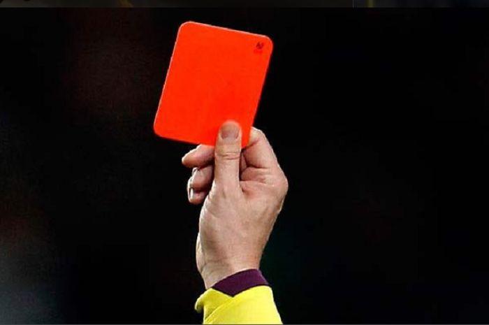 Ilustrasi kartu merah.