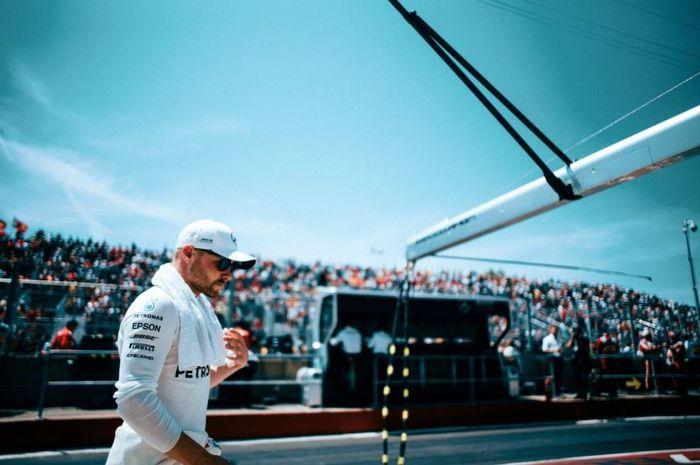 Pembalap Mercedes, Valtteri Bottas usai melakoni sesi balapan F1 Kanada 2019, Minggu (9/6/2019)