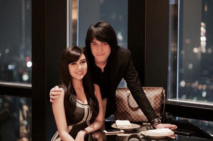 Vicy Melanie dan Kevin Aprilio