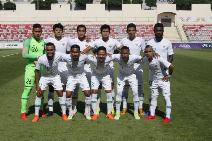 Skuat timnas Indonesia yang diturunkan sebagai starter XI kontra timnas Yordania, di Stadion King Abdullah II, Amman, Yordania, Selasa (11/6/2019).