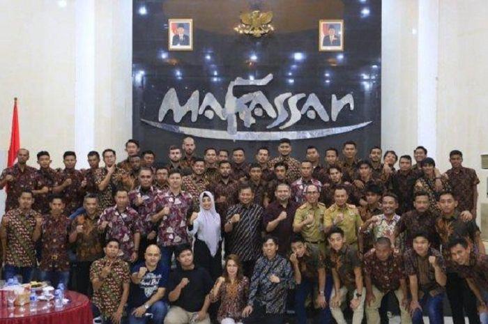 PJ Walikota Makassar, Muhammad Iqbal Suhaeb, saat melakukan silahturahmi bersama PSM.