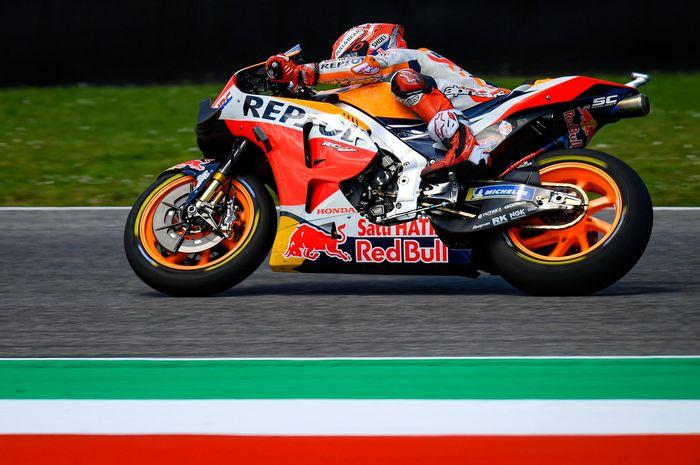 Pembalap Repsol Honda, Marc Marquez, menjalani balapan MotoGP Italia di Sirkuit Mugello, Minggu (2/6/2019).