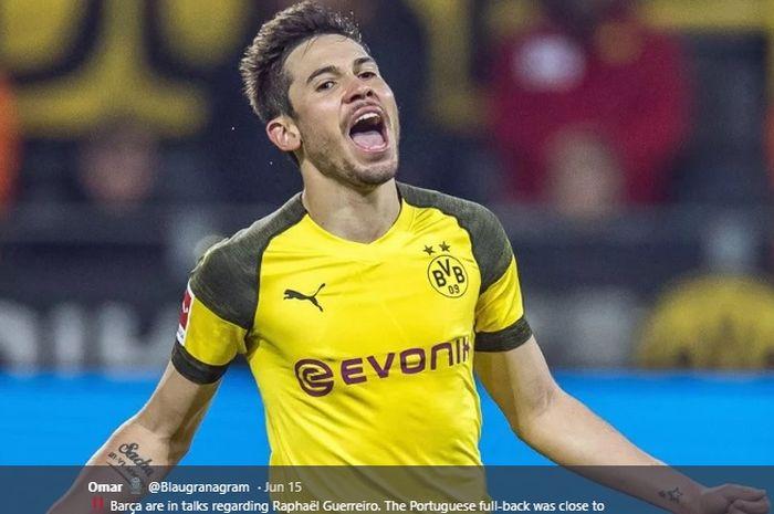 Bek kiri Borussia Dortmund, Raphael Guerreiro