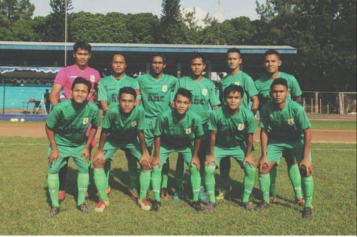Para pemain Persema 53 saat berkiprah pada Liga 3 2018 regional Jawa Timur.