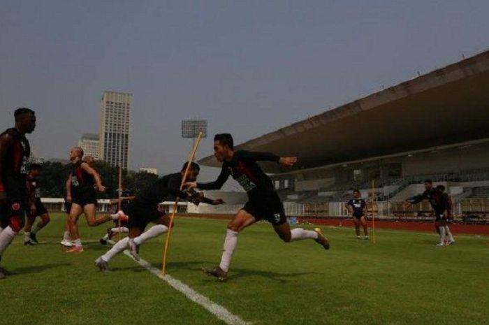 PSM Makassar menggelar sesi latihan perdana menyambut laga melawan Becamex Binh Duong.