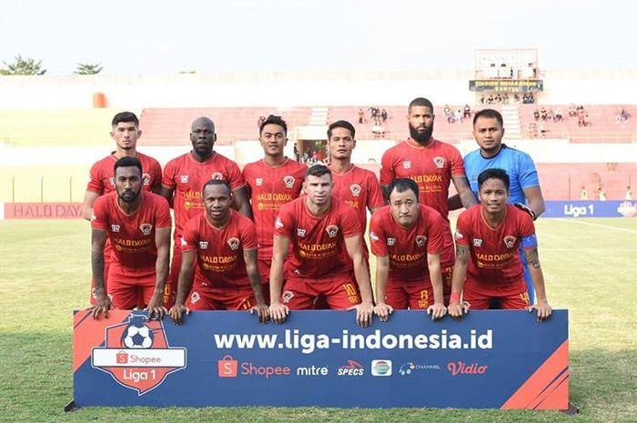 Skuat Kalteng Putra saat menghadapi Bali United pada laga tunda pekan keempat Liga 1 2019 di Stadion Sultan Agung, Bantul, pada 26 Juni 2019.