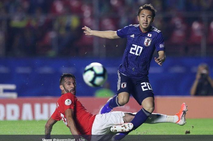 Pemain sayap muda milik Jepang, Hiroki Abe