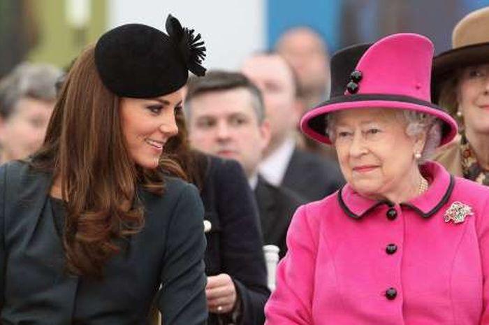 Kate Middleton dan Ratu Elizabeth
