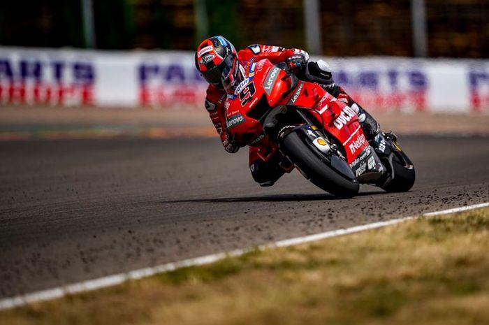 Aksi Pembalap Mission Winnow Ducati, Danilo Petrucci pada MotoGP Jerman 2019
