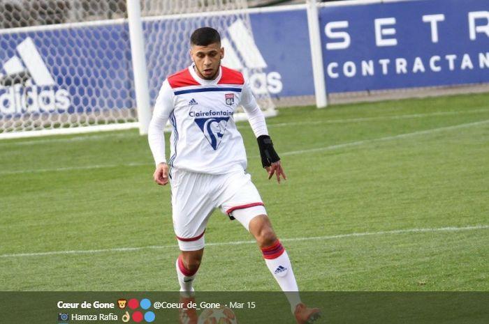 Gelandang serang Olympique Lyon, Hamza Rafia.