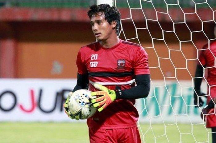 Penjaga Gawang Madura United, Muhammad Ridho, tak menganggap Wander Luiz sebagai striker paling berbahaya di Liga 1 2020.