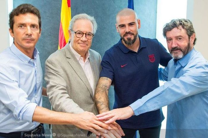 Kiper legendaris Victor Valdes resmi mendapat amanat sebagai pelatih FC Barcelona U19.