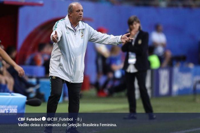 Aksi Vadao saat masih melatih timnas putri Brasil pada Piala Dunia Wanita 2019.