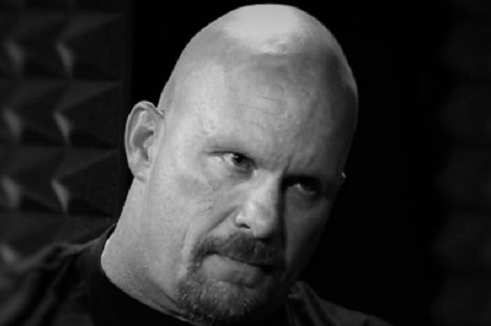 Mantan pegulat WWE, Stone Cold Steve Austin isyarakatkan akan kembali ke ring.