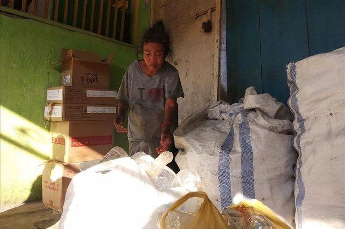 Nenek Sahnun, Menabung 5 Tahun dari Hasil Memulung Demi Beli Sapi Kurban