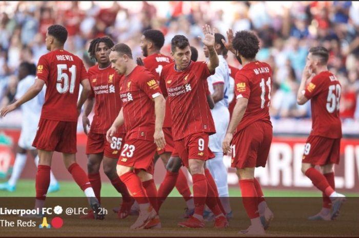 Liverpool merayakan kemenangan atas Olympique Lyon di Swiss, Rabu (31/7/2019).