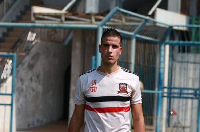 Bek asing Madura United, Ante Bakmaz.