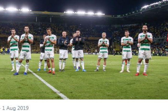 Ekspresi para pemain Lechia Gdansk setelah dikalahkan Brondby dalam laga putaran kedua Kualifikasi Liga Europa pada 1 Agustus 2019.