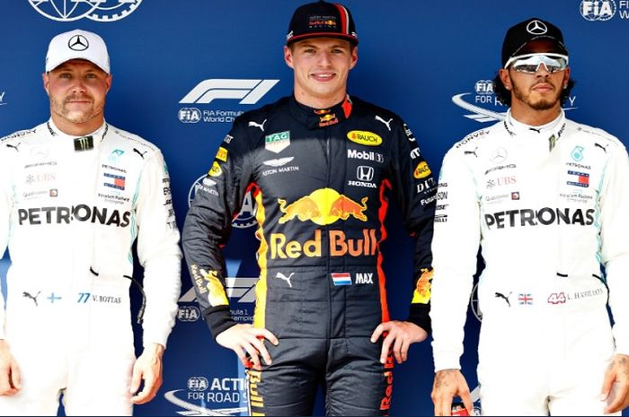 (dari ki-ka) Valtteri Bottas, Max Verstappen, dan Lewis Hamilton secara berurutan mengamankan posisi start kedua, pertama, dan ketiga pada F1 GP Hungaria 2019, Sabtu (4/8/2019)