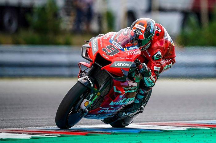 Aksi pembalap Mission Winnow Ducati, Danilo Petrucci pada MotoGP Republik Ceska 2019, Minggu (4/8/2019)