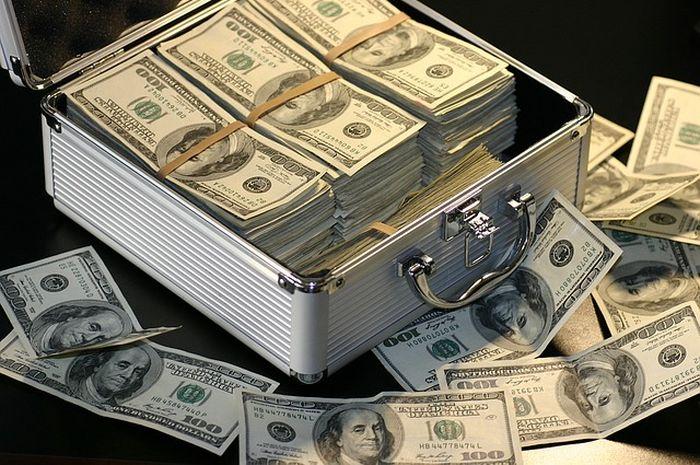 Tafsir Mimpi Mendapatkan Uang Malah Dianggap Pertanda Sial Benarkah Semua Halaman Suar