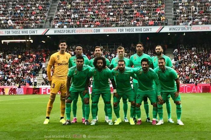 Skuad Real Madrid berpose dalam laga persahabatan melawan RB Salzburg di Red Bull Arena, Wals-Siezenheim, 7 Agustus 2019.