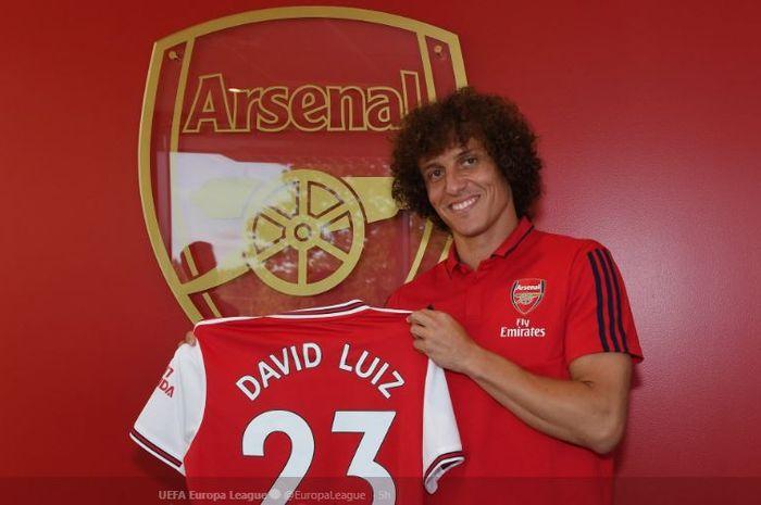 Bek Arsenal, David Luiz.