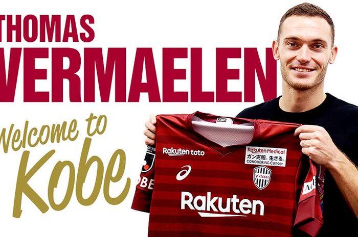 Thomas Vermaelen saat diperkenalkan sebagai pemain anyar klub Liga Jepang 1, Vissel Kobe.