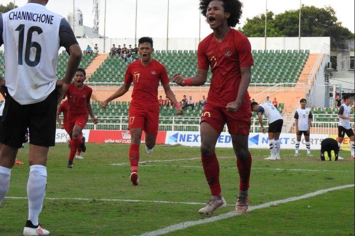 Pemain timnas U-18 Indonesia, Bagus Kahfi, merayakan gol ke gawang Laos  pada pertandingan keempat Grup A Piala AFF U-15 digelar pada hari Senin (12/8/2019).