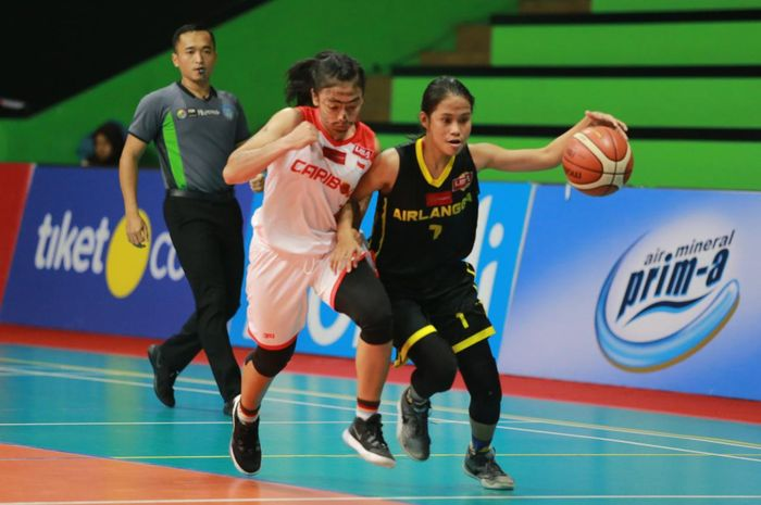 Laga LIMA Basket Nationals 2019 antara Tim Putri Universitas Surabaya dan Universitas Airlangga, Senin (13/8/2019).