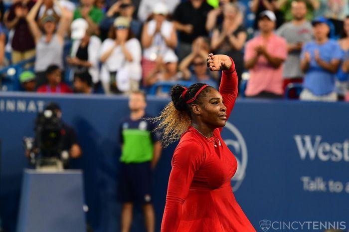 Petenis Amerika Serikat, Serena Williams, ketika mengundurkan diri dari turnamen Cincinnati Masters 2019 Rabu (14/8/2019) pagi.