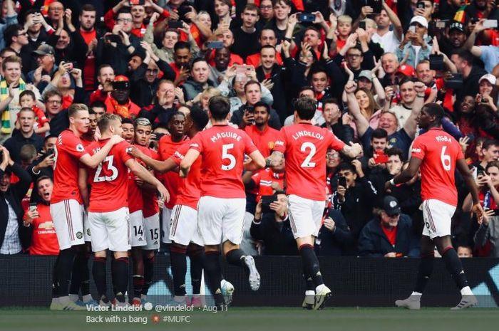 Para pemain Manchester United merayakan gol dalam laga pekan perdana Liga Inggris kontra Chelsea di Stadion Old Trafford, 11 Agustus 2019.
