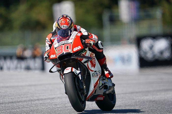 Aksi pembalap LCR Honda, Takaaki Nakagami pada MotoGP Austria 2019