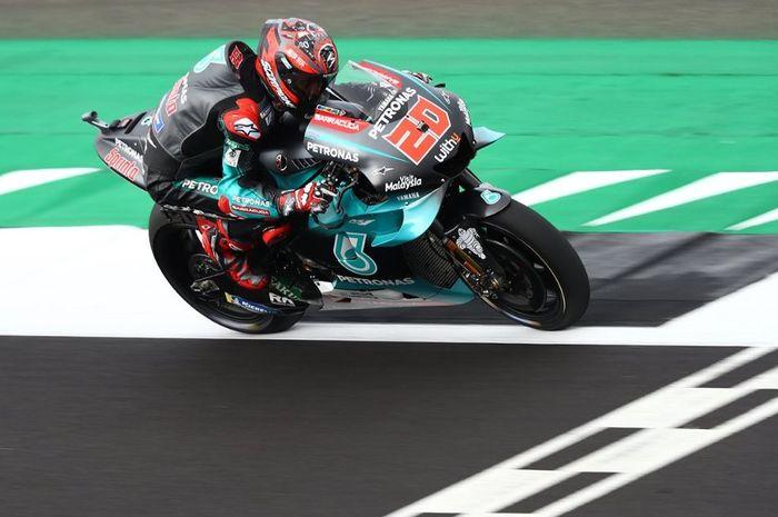 Pembalap Petronas Yamaha SRT, Fabio Quartararo saat sesi latihan bebas MotoGP Inggris 2019, Jumat (23/8/2019)