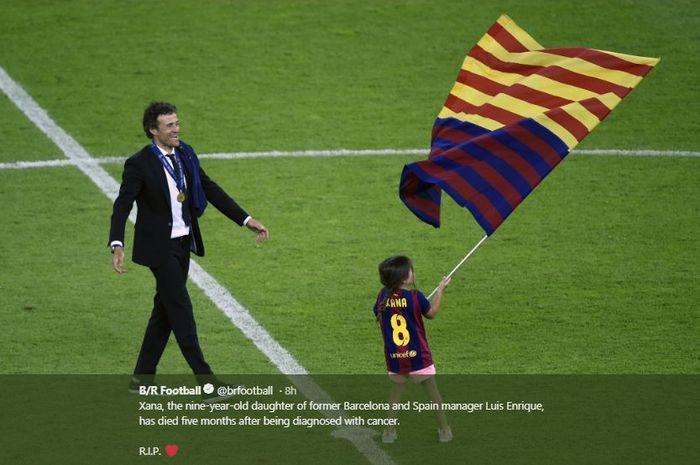 Luis Enrique dan putrinya, Xana, saat merayakan kesuksesan Barcelona.