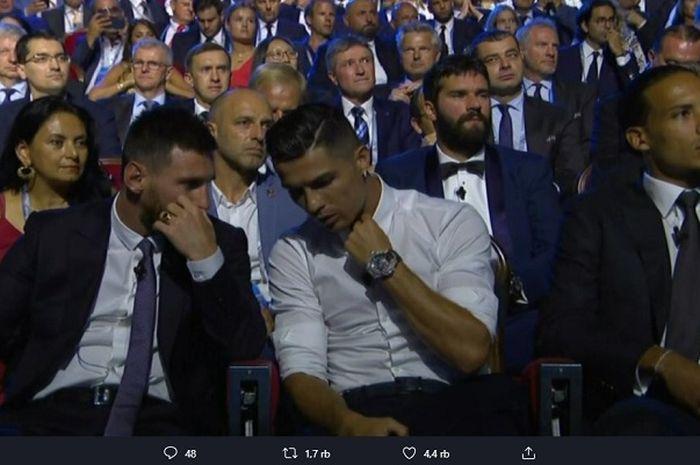 Lionel Messi (kiri), Cristiano Ronaldo (tengah) dan Virgil van Dijk (kanan) ketika berada di drawing Liga Champions 2019-2020 di Monako.