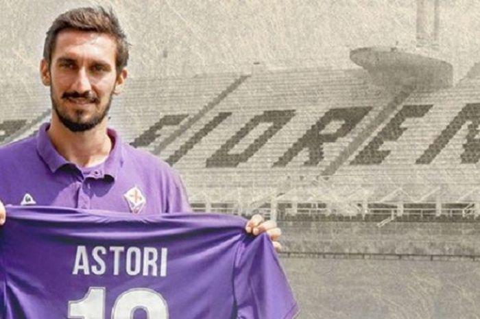 Mantan kapten Fiorentina yang meninggal karena masalah jantung, Davide Astori.