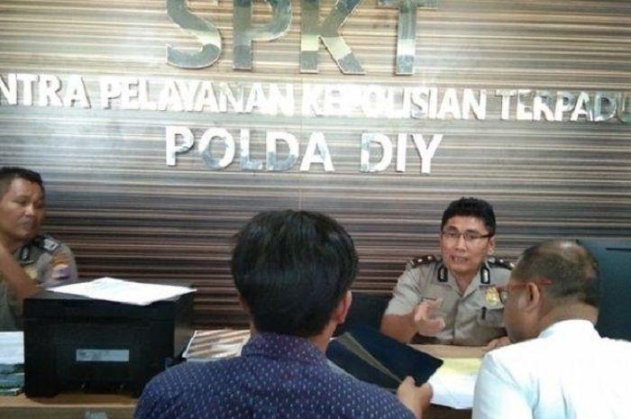 Brajamusti melaporkan penembakan sembilan anggotanya ke pihak Polda DIY, Senin (2/9/2019).