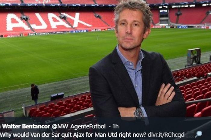 Mantan kiper Manchester United, Edwin van der Sar, yang kini menjabat sebagai CEO Ajax Amsterdam.
