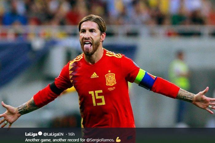 Bek tengah sekaligus kapten timnas Spanyol, Sergio Ramos.