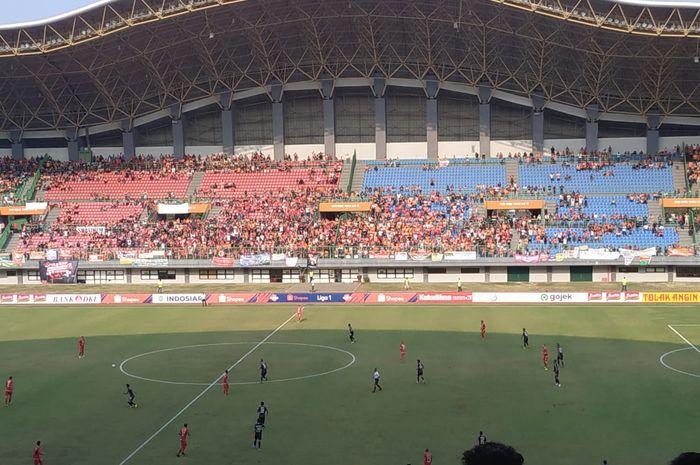 Suasana laga Persija kontra PSIS pada pekan ke-18 Liga 1 2019 di Stadion Patriot, Kota Bekasi, Minggu (15/9/2019).