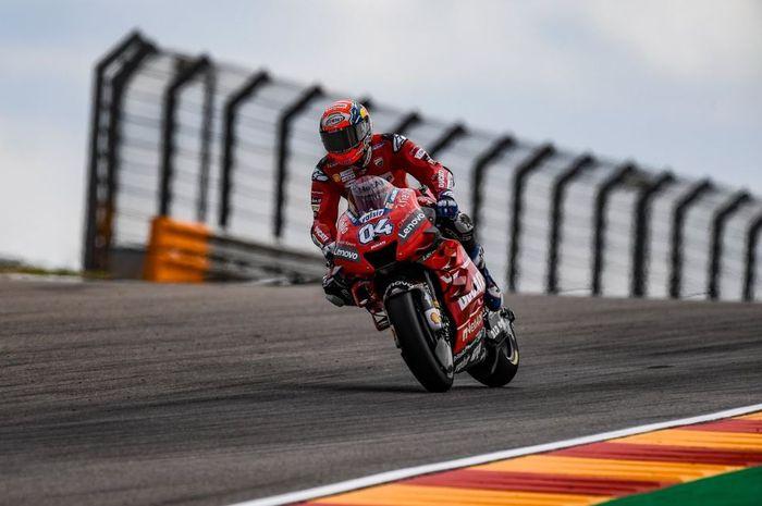 Aksi pembalap Ducati, Andrea Dovizioso pada sesi latian bebas MotoGP Aragon 2019, Jumat (20/9/2019)
