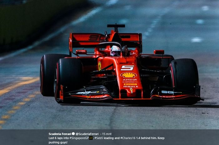 Pembalap Ferrari, Sebastian Vettel, keluar sebagai pemenang balapan Formula 1 GP Singapura 2019 di Sirkuit Jalan Raya Marina Bay, 22 September 2019.