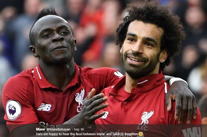 Dua penyerang sayap milik Liverpool, Sadio Mane dan Mohamed Salah.